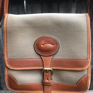 Vintage all leather Dooney & Bourke handbag.